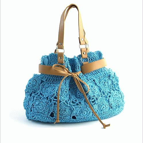 1 комментарий: Вязание спицами сумки со схемой.  Вязаные сумки - хит этого сезона.  Очень приятная новость для