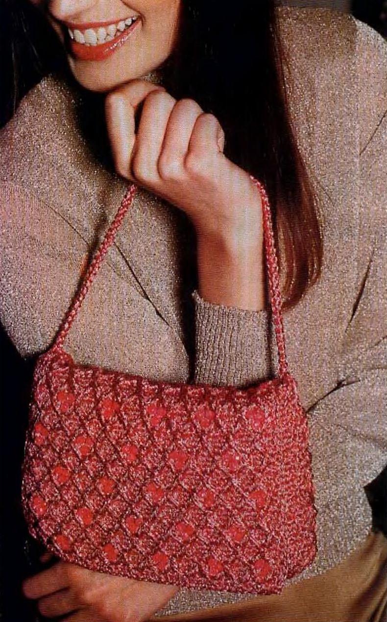 Сумка спицами схема. jcomments on.  Модель сумки взята из журнала Susanna 8/2012 г. Белая сумка связана крючком 4...