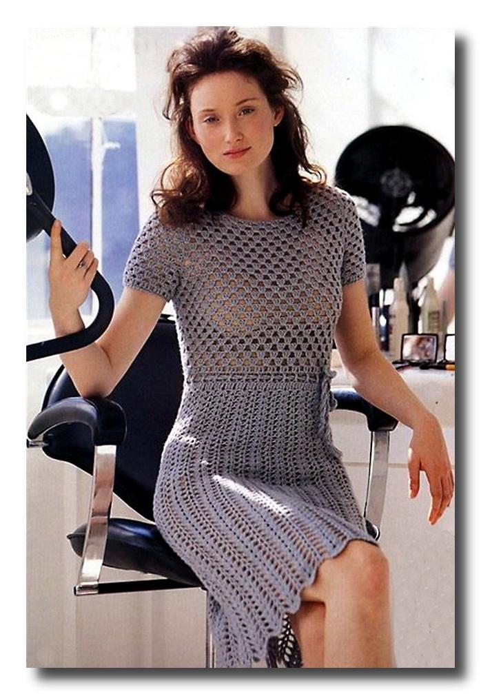 и вот еще.  Девочки ищу мастера на подобную красоту, уже давно мечтаю о платье, связанное крючком.