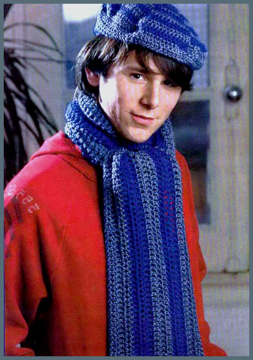Вяжем берет и шарф для любимого мужчины.
